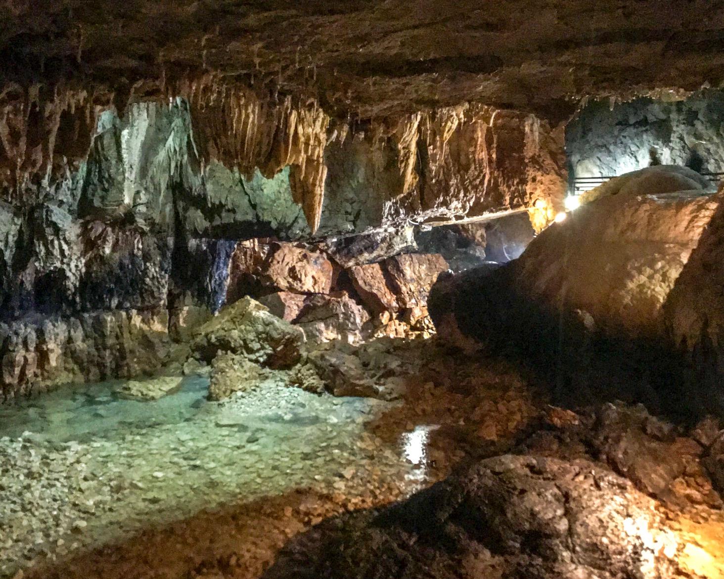Grotte di Stiffe. Abruzzo da scoprire.