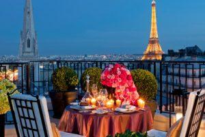 Top 5 Hotel più costosi di Parigi a Capodanno