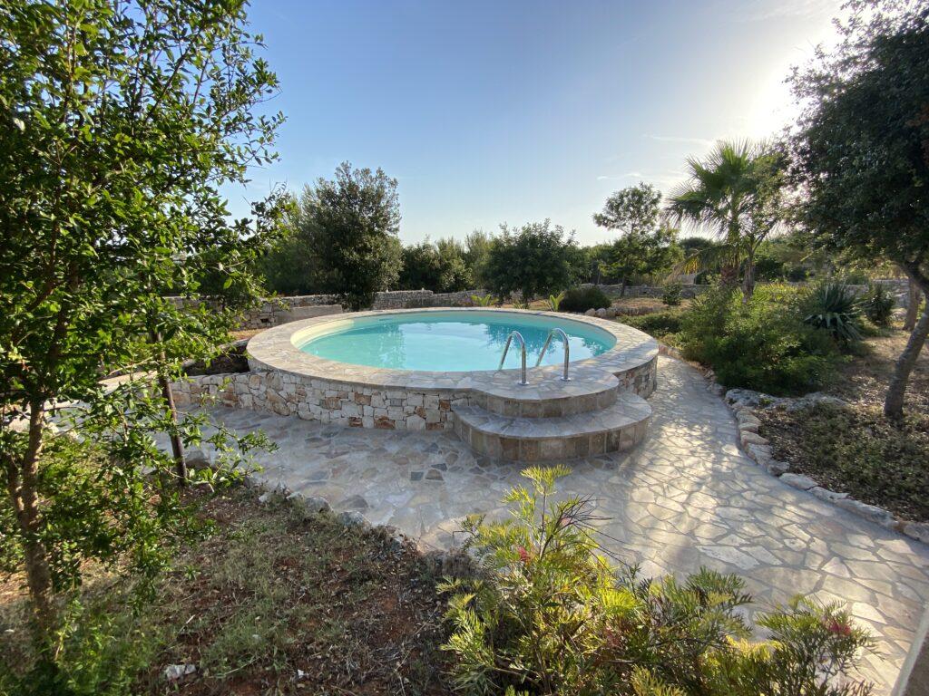 Vacanze in Salento: dove andare? Villa con piscina a Torre Pali in Salento per una vacanza con bambini.