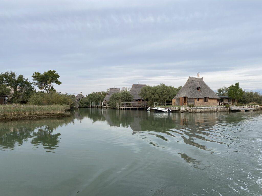 villaggio di Casoni laguna di Marano